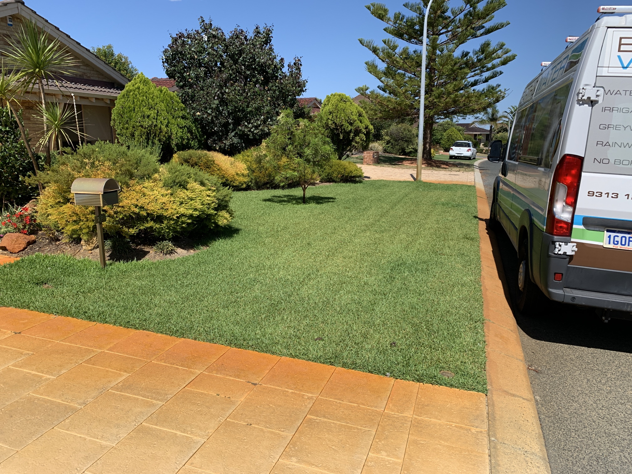 Joondalup Iron Stained paved driveway